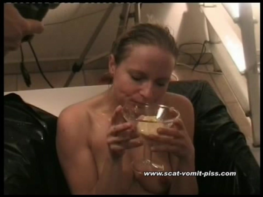 [Scat / Extreme] - Susan and Marc - Sperm and Piss-Event 3 (2016 / Scat-Vomit-Piss / SD)