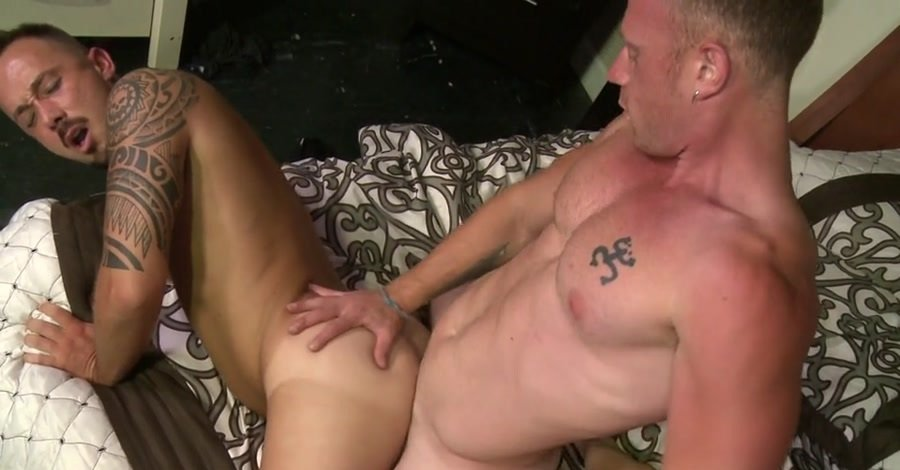 Alessio Romero, Saxon West - Make Up Sex Is Hot Sex Make Up Sex Is Hot Sex (SD/332 MB)