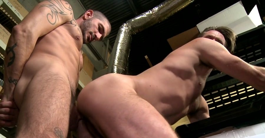 Buddy Mike De Marko, Johnny Hazzard - Screwing My Warehouse (SD/426 MB)
