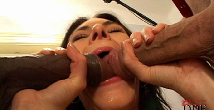 Anita Queen - 200 Blowjob (SD/487 MB)
