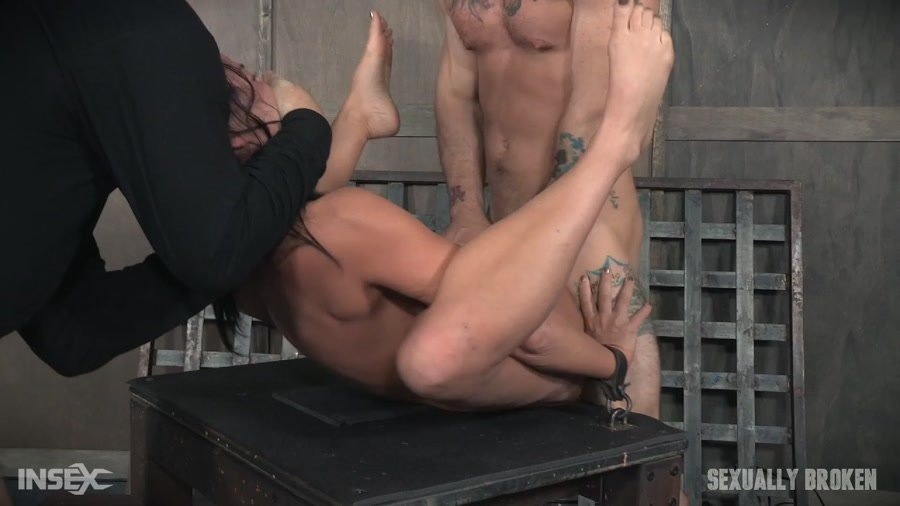 [BDSM / Rough Sex] - London River - London River double fucked into subspace. (2017 / Sexually Broken / HD 720p)