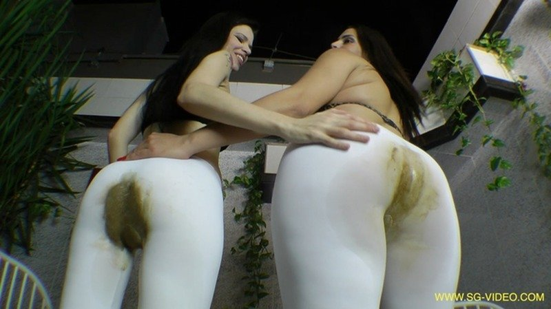 2 Domina 1 Slave - Scat Domination White Scat Pants (FullHD 1080p/3.15 GB)
