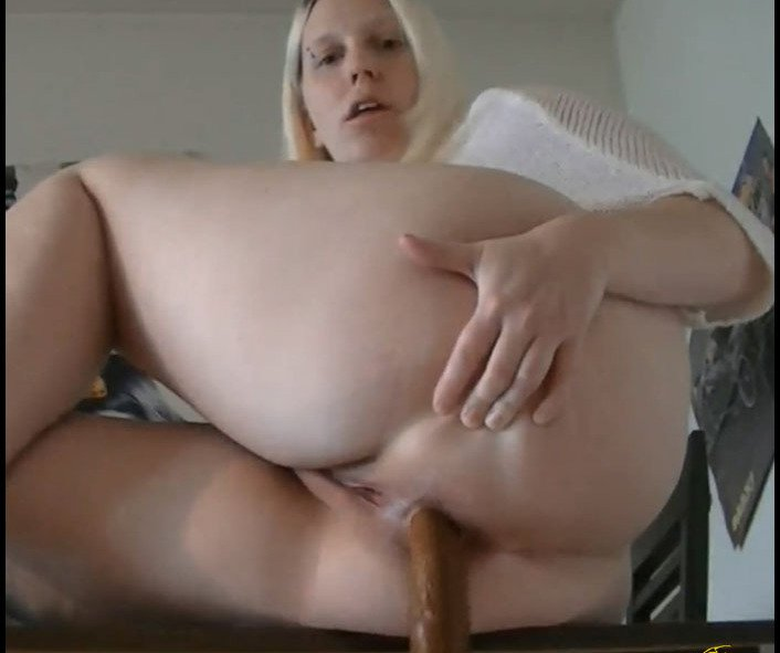 Veronika - Sexy Candy is Big Shit (FullHD 1080p/138 MB)