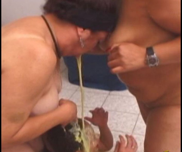 Fetidistrojp - Mature Vomit Punishment (SD/198 MB)