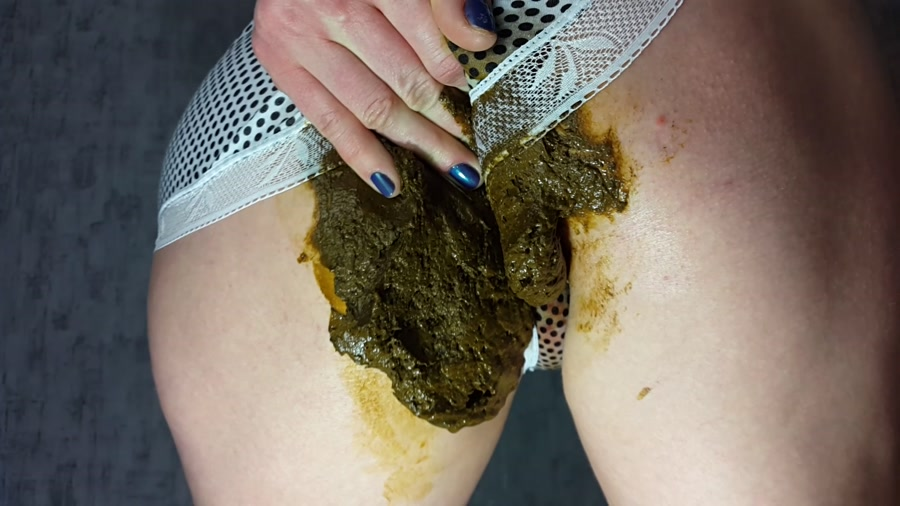 Anna Coprofield - Panty Poop (FullHD 1080p/1.34 GB)
