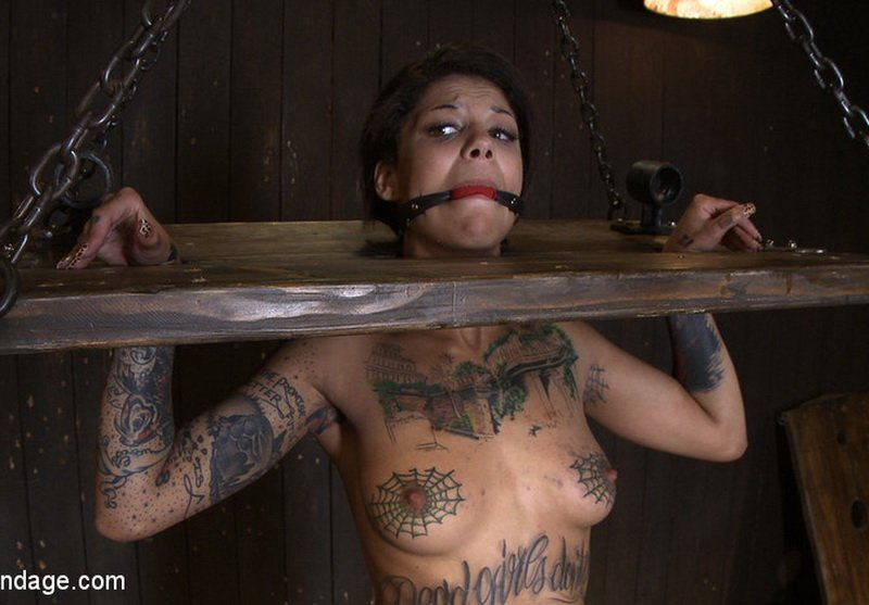 Bonnie Rotten - Tamed Whore By JP (HD/437 MB)