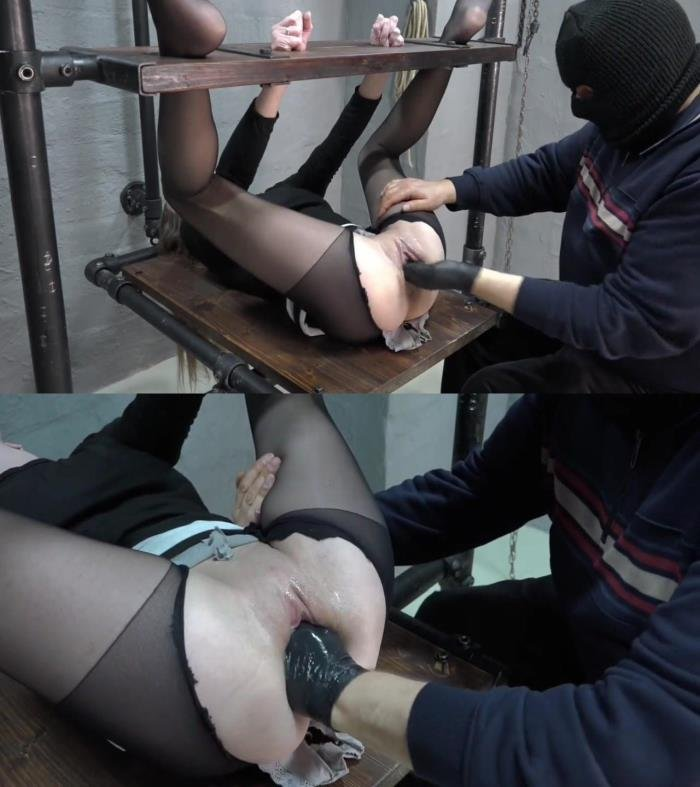 Amateur - NEW!!! 13.05.2017 Brutal fisting in bondage (HD/341 MB)