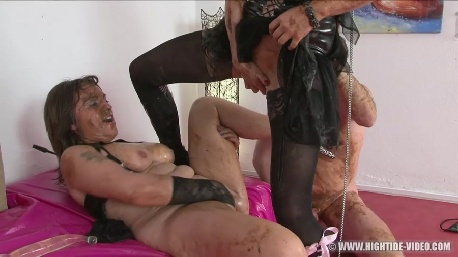 Regina Bella, Gina, 1 Male - SCAT SUBMISSION (HD 720p/1.03 GB)