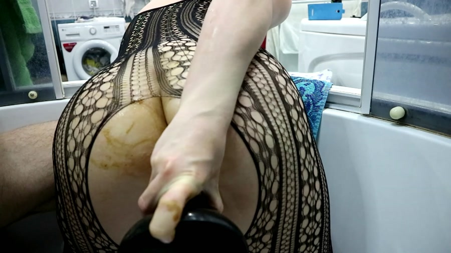WCwife - Real WC video Public strange shit Part 1-2 (FullHD 1080p/1.45 GB)