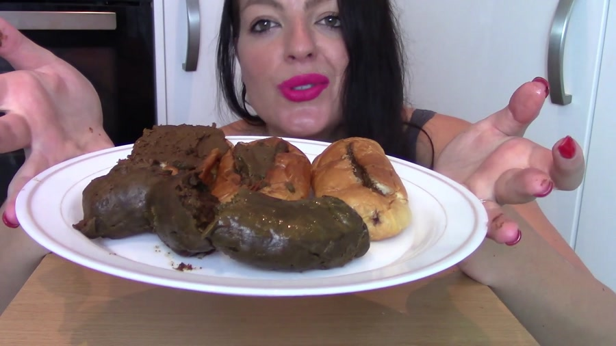 Evamarie88 - Ginormous Shit Meal For Slave (Biggest Poo To Date) (FullHD 1080p/725 MB)