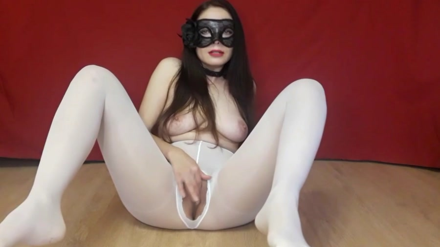 ScatLina - Poop in white tights (FullHD 1080p/1.29 GB)
