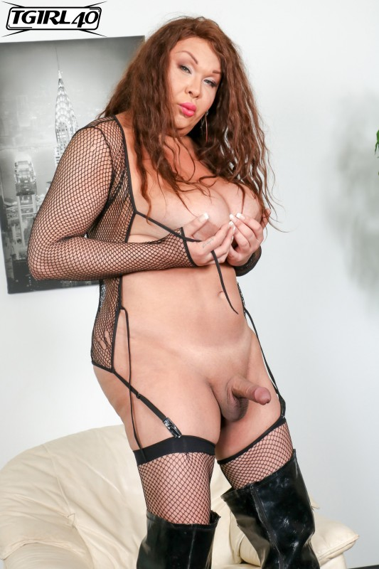 Michelle Michaels - Michelle Pops A Great Load! (FullHD/682,17 Mb)