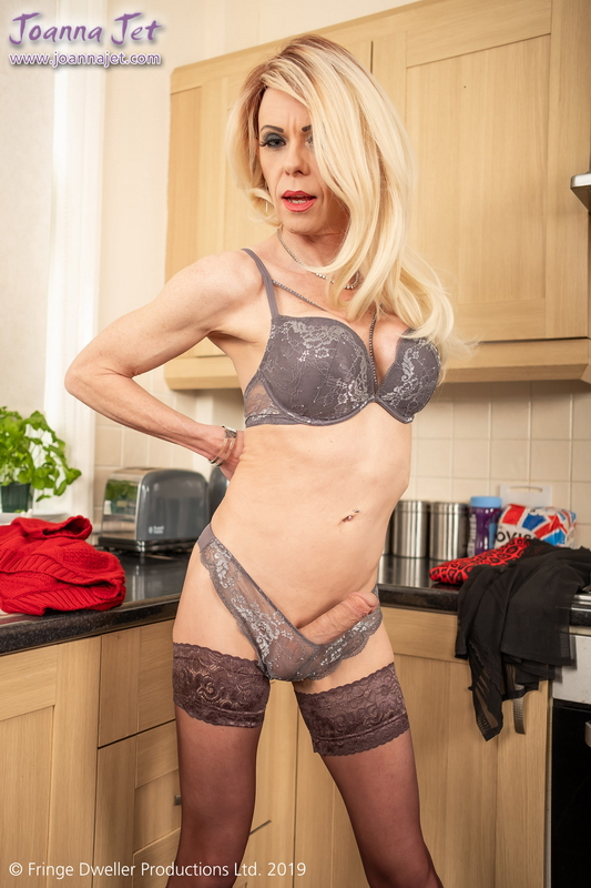 Joanna Jet - Me and You 345 | Cougar boss (FullHD/367.44 Mb)