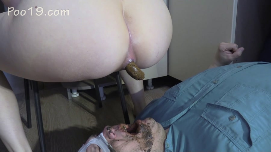 MilanaSmelly - Lick my feet and swallow my shit (FullHD 1080p/1.58 GB)
