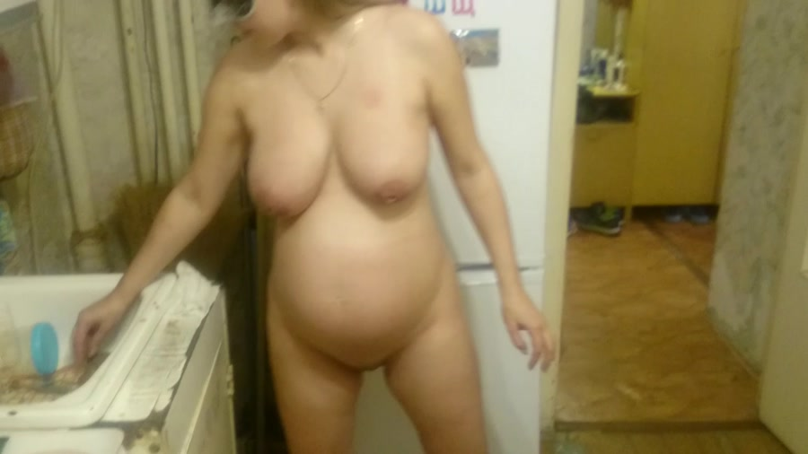 Pissing shitting wife porn clips