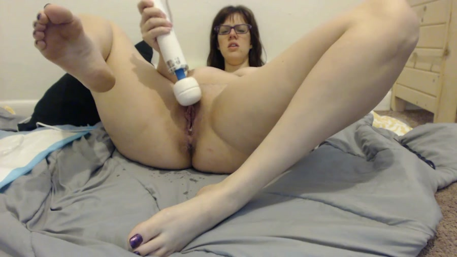 LindzyPoopgirl - Pregnant Anal Gape and Poop (HD 720p/3.32 GB)